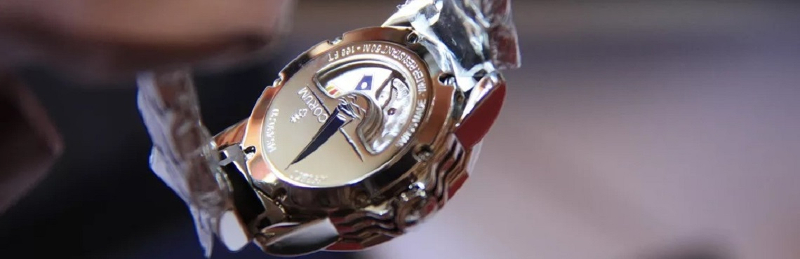 Швейцарские часы Corum 9